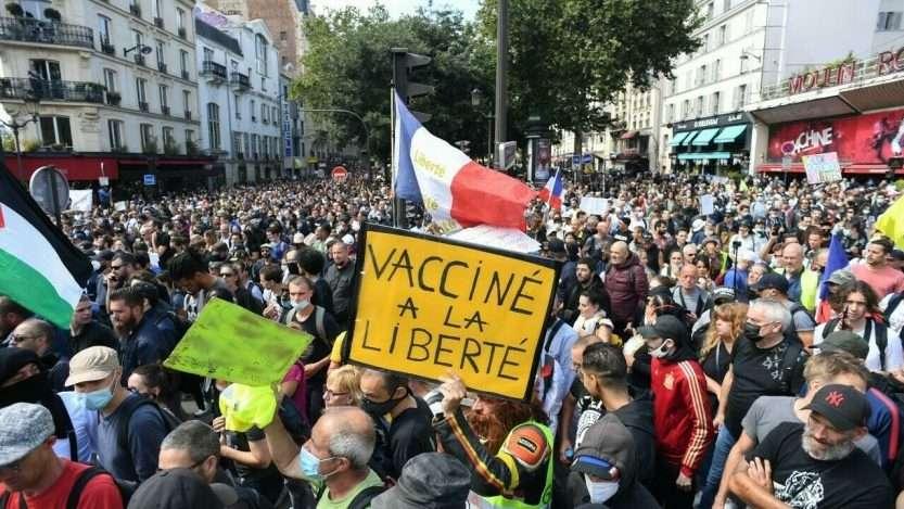 France: les protestations contre le passeport sanitaire et la vaccination obligatoire se poursuivent