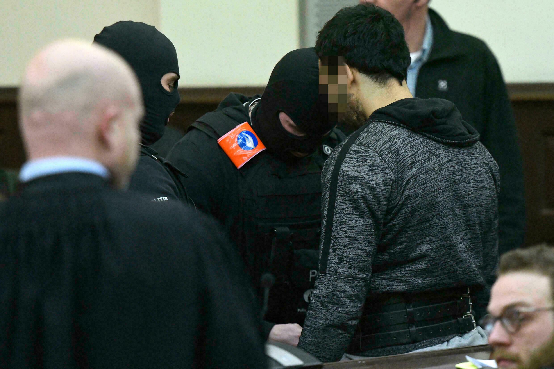 Sofien Ayari, complice présumé de Salah Abdeslam, lors de la deuxième journée de procès devant le tribunal de Bruxelles, le 8 février 2018.