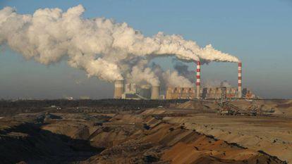 Centrale thermique de Belchatow, Pologne.