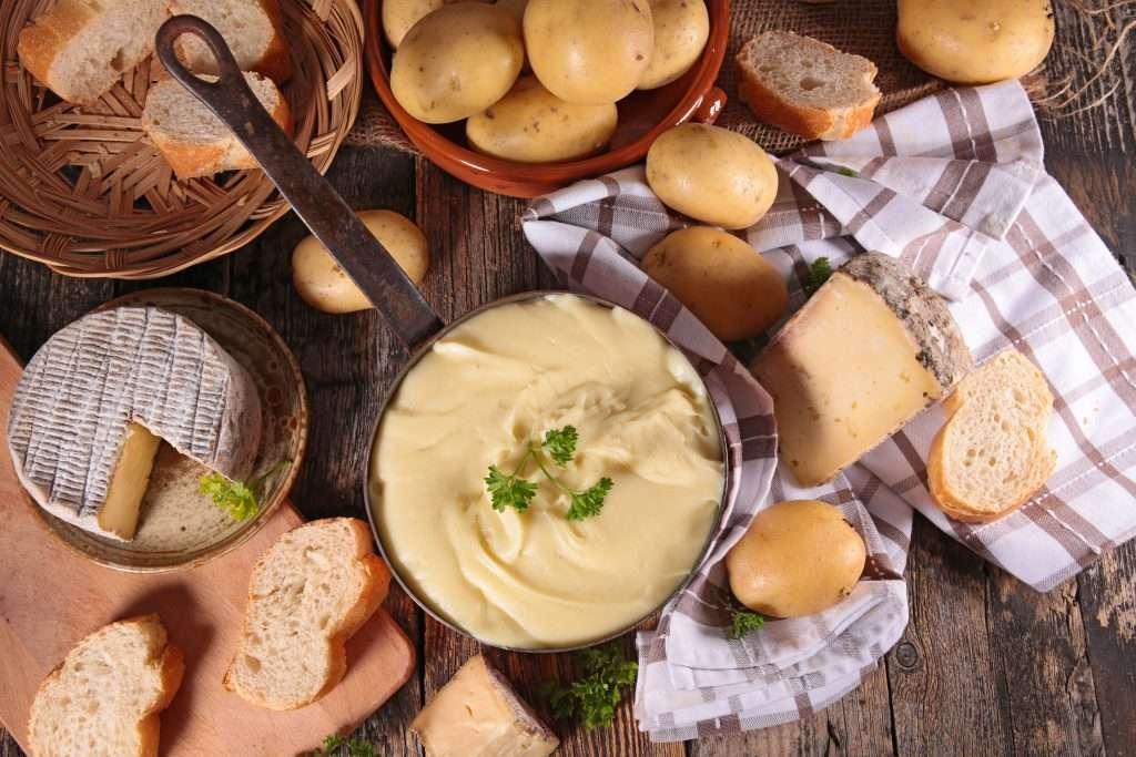 Pommes de terre et tome fraîche pour l'aligot !